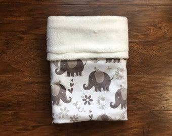 Minky Baby Blanket, Grey and White Minky Blanket, Elephant Print, Elephant Theme, Baby Shower Gift, Nursery Bedding, Baby Branch Boutique