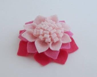 Felt flower hair clip/felt barrette