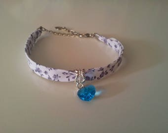 Cool blue heart bracelet