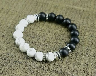 The Yin and Yang - Howlite and onyx stretch bracelet
