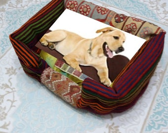Dog House,RugCovering Large dog bed,Handmade Turkish Rug Covering,2x2'7''ft,(80x60cm)Height 1FEET(30CM)