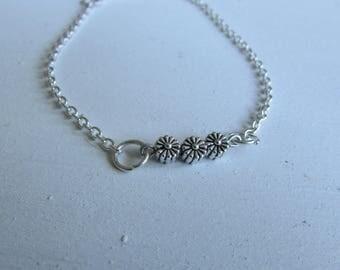 The Daisy Bracelet