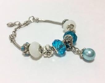 Blue Flower Pearl Bracelet