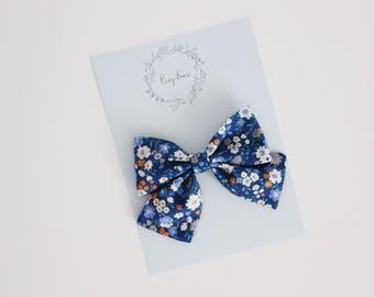 Large audrey / blue floral