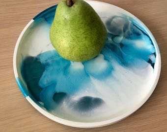 Resin Plate - Blue and White