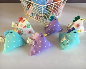 Spring / easter chicken keyring