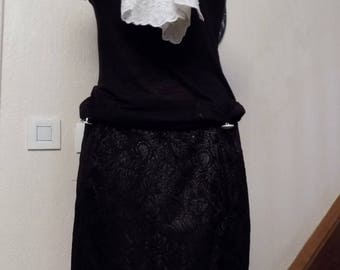 Black waxed lace short skirt