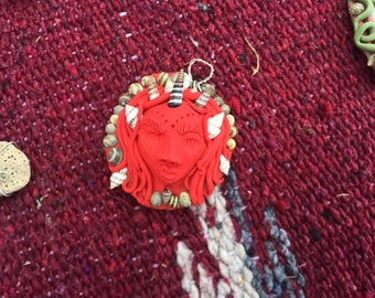 red portrait pendant/ seashell crown
