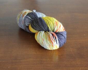 Handdyed yarn, sock yarn, fingering weight, yarn, socksanity, socksanity fenrir, brown yarn, orange yarn, yellow yarn