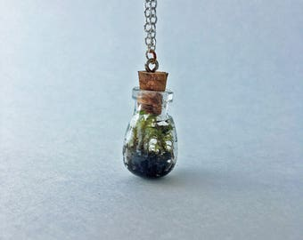 Tiny Terrarium Necklace - Lanky & Juniper Cap Moss - 1in Bulb