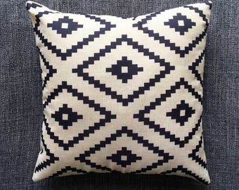 Black White Geometric Cushion Cover, Pillow Cover, Decorative Cushion, Throw Pillow, 45cm