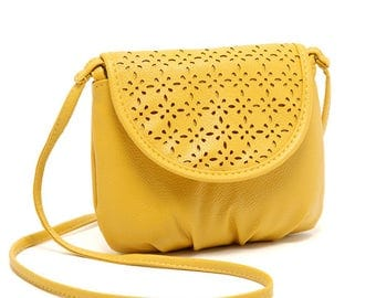 Pochette Handbag Purse Shoulder bag Casual Chic trendy yellow handbag