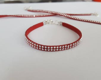 Light red suede bracelet