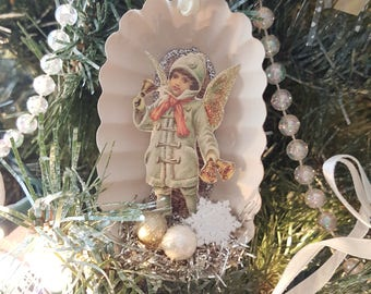 Shabby Chic Vintage Dessert Tin Christmas Ornament Angel With Glitter Wings and Bells Vintage Merry Christmas Snowflake Ornament