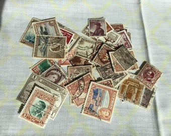 25 x used vintage sepia/brown theme postage stamps. Scrapbook, smash book, junk journal, collage, card making