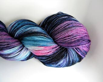Night Unfurls 4 ply Sock Yarn