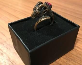 Stunning Zodiac aries ram brass statement ring with red gemstone UK size Q USA size 8.5 costume jewelry jewellery