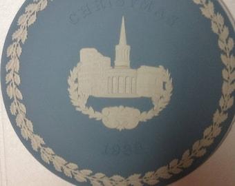 1983 wedgewood jasperware christmas plate