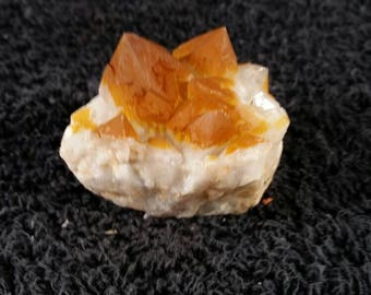 Skeletal quartz cluster