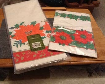 Christmas Poinsettia- Paper Table cloth and Napkins