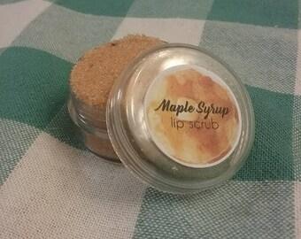 Maple syrup lip scrub
