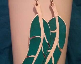 leather leaf medium earrings
