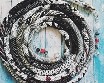"""Beaded crochet necklace """"Monohrom"""""""