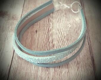 Bracelet Simili leather turquoise glitter and suedine.