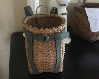 Antique youth size Adirondack pack Basket .....