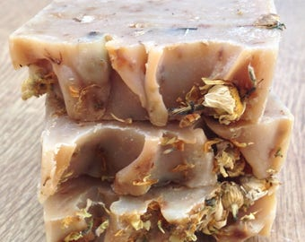 Handmade Chamomile Oil Soap/ Antiseptic Soap/ Curing Inflammation Soap