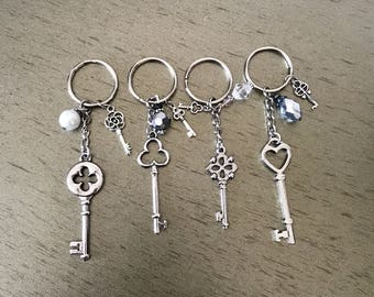 Old fashion key chain set (4)