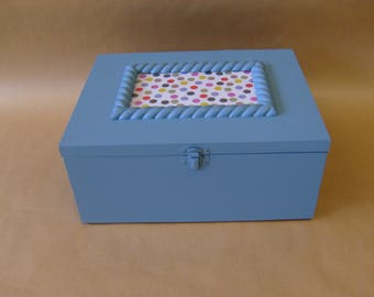 Box stitching with removable tray