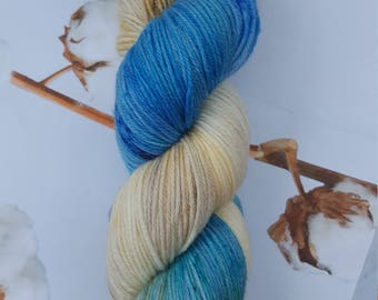 Hand-dyed bambino sock yarn - SW Merino / Bamboo - 100g - Walk along the beach colourway