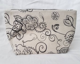Beige/Black Floral Make Up Bag