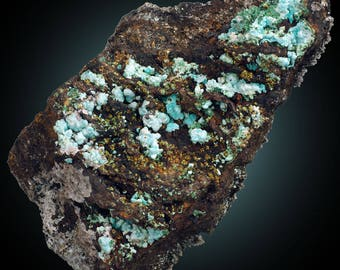 Rosasite on Malachite pseudo after Azurite; Hidden Treasure Mine, Tooele Co., Utah, USA  --- minerals and crystals