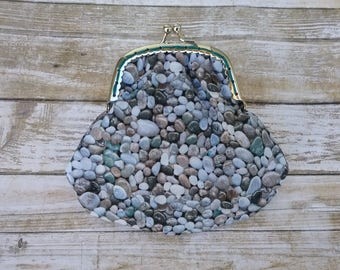 Metal frame coin purse/ rocks coin purse