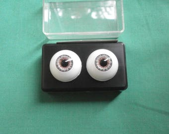 "pair of acrylic eyes gray 0.87""/22 mm / realistic eyes/ BJD/ Glastic/Pat Secrist, 1992/USA"