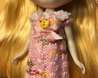 Blythe dress hand knited