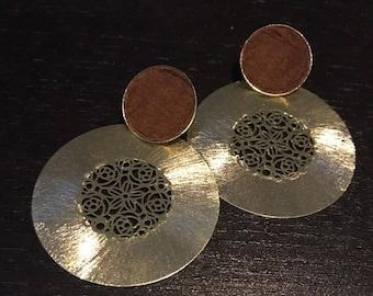 Aros  pendientes modernos hecho a manos estilo exclusivo  diseño original