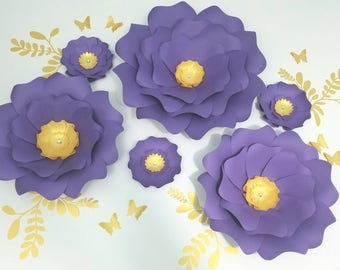 Purple paper flowers wall. Large paper flowers wall decor. Nursery purple flowers wall. Wedding backdrop white flowers. Girls room decor.