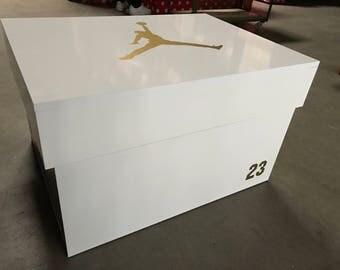 Sneakerbox Air Jordan