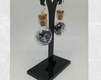 Jar of nothing - black seed beads earrings