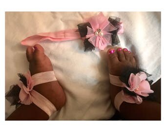 Baby barefoot sandals with matching bow
