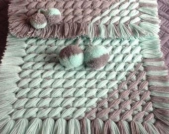 Crisscross blanket