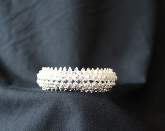 Handcrafted Artisan Jewelry, Silver Flower with Diamond Shapes Bracelet (White), Laos Jewelry