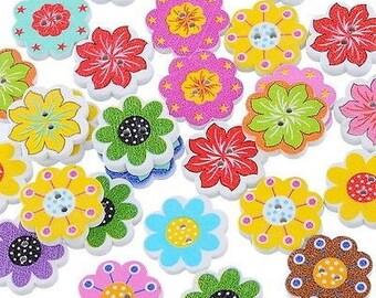 20 mm wooden flower button