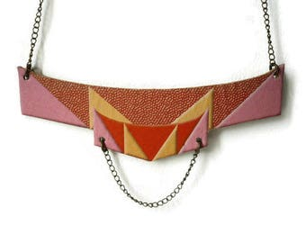 Great retro revisited leather bib necklace