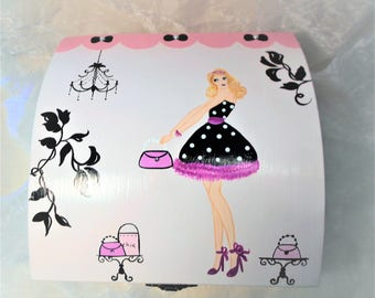 In pink and black fashion and chic jewelry box