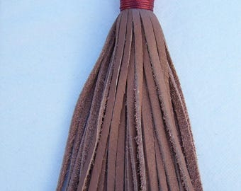 Large tassel in old rose, handcrafted leather, tassel 15cm + clip