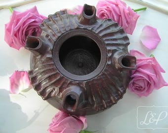 Redesigned and patina flower vase: Abade 2